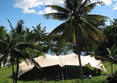 kilobush-stretch-tents-tropical-beachfront-event